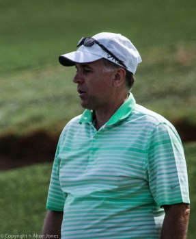 Dave Allen waits his turn.